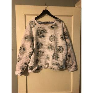 LOFT gray and white floral sweater size XL